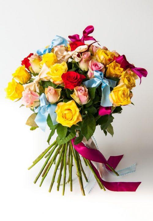 Rainbow (24 roses)