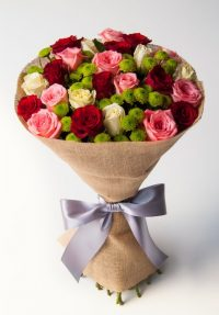 Adorable (24 roses)